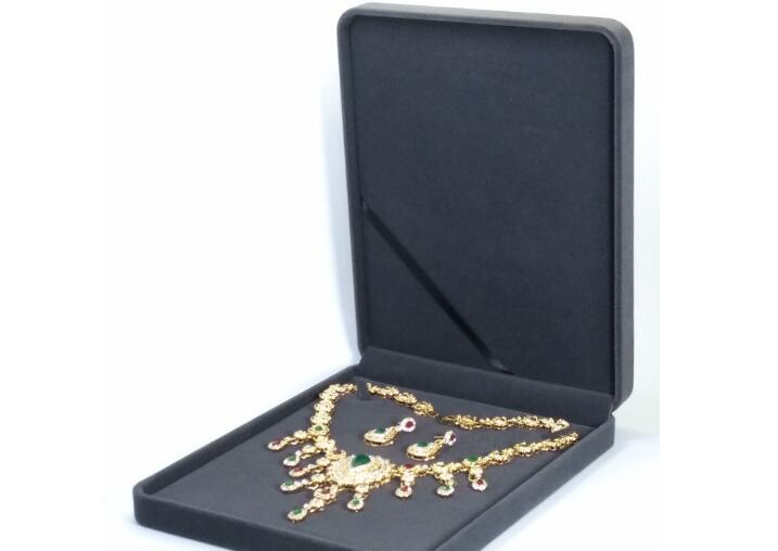 Newly Luxury Velvet Jewelry Box Pearl Necklace Pendants Packaging Display Storage Gift Boxes Carrying Case 24x19x4cm