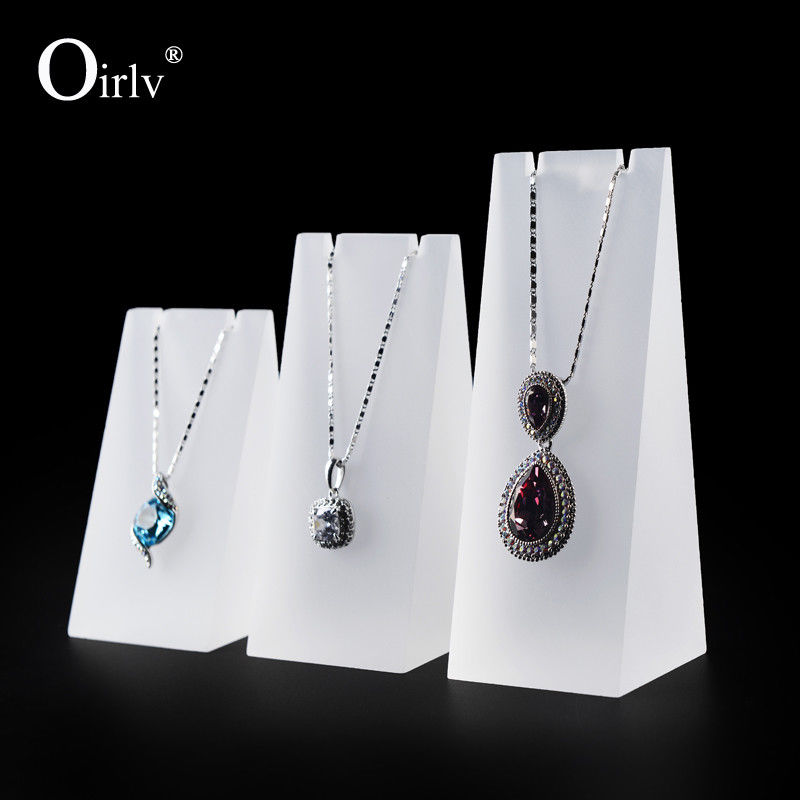 Oirlv 3Pcs White Clear Acrylic Pendant Neclace Display Stand for Shop Showcase