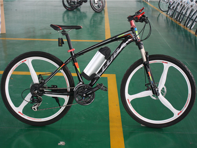 2018 explosions, 26 inch, high quality electric bicycles 350W / 500W integrated wheelset, mountain bikes, free delivery.