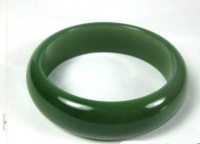 Szuper finom anyagból és nefrit karkötőből és spenót zöld - Divatékszer