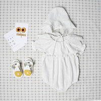 Baby meisjes romper zomer embroideried kant babykleding pompom ruche kraag doopsel kleding pasgeboren baby kleding jumpsuit