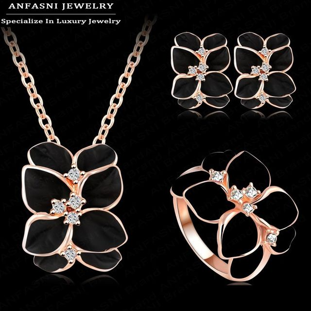 Women Rose Gold Plated Austrian Crystal Jewelry Set