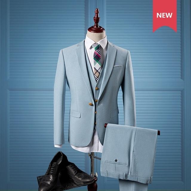 3 peças Terno Dos Homens Luz Azul Britânico dos homens Slim Fit Ternos Terno Vestido de Noiva Conjunto Blazer Desgaste Formal Do Smoking homens (Paletó + Calça + Colete)