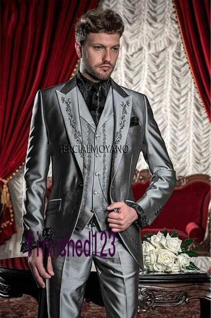 e47f3bf9ffe3 Nuevo Estilo Gris Plata Negro Bordado Smokinges Del Novio Padrinos de Boda  para hombres de Baile Trajes de Novio (Jacket + Pants + chaleco) K: 595 en  ...