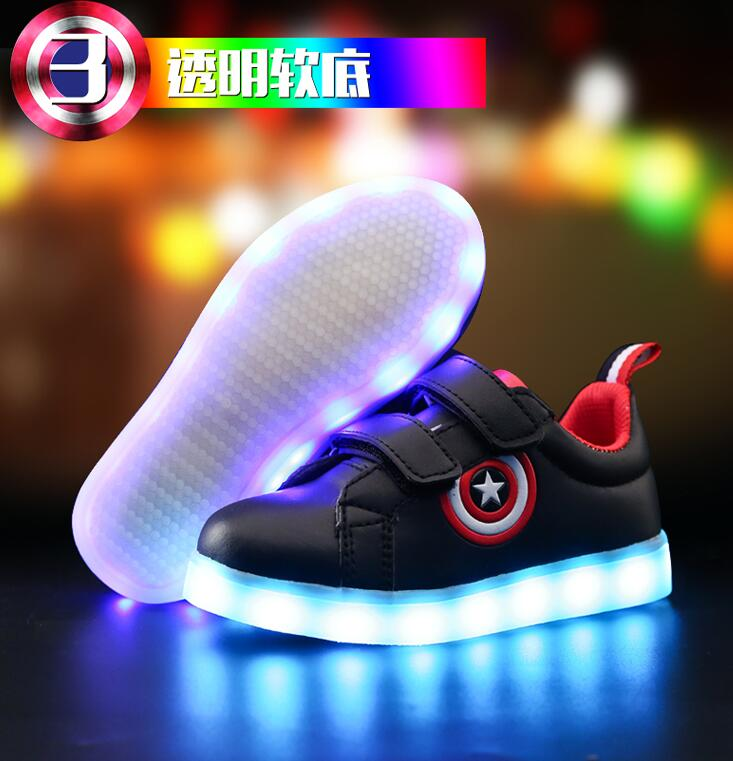 2018 Hot Black New children Glowing sneakers Led luminous Shoes For Boys girls Fashion Light Up Casual kids 7 Colors USB charge