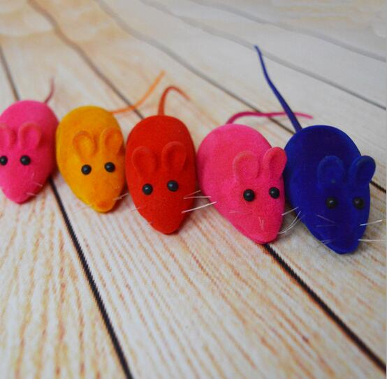 2016 New Lovely Squeaky Simulation Mouse Sound Toy Dog Cat Kitten Chew Toys Random Color