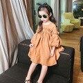 Горячая распродажа 2016 новое поступление soild мода дети девочка принцесса платья, 100% хлопок фонарь рукав свободного покроя дети девушка платье