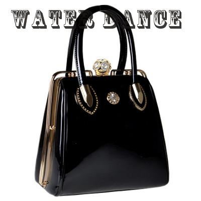 2017 Fashion Skull Diamonds Crystal Patent Leather Women Bag Las Evening Bridal Designer Handbags Brand Handbag In Top Handle Bags From