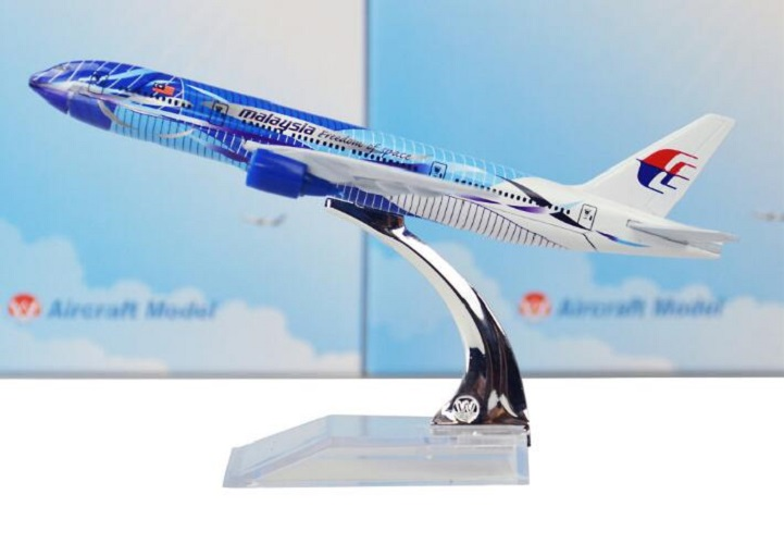 16cm Metal Alloy Plane Model Air Malaysia Freedom Of Space B777 Airways Aircraft Boeing 777 200 Airlines Airplane Model W Stand
