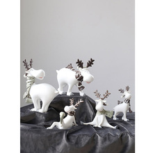 Modern Deer family resin Crafts cute animal figurines and miniatures fairy garden accessories Creative Wedding gifts home decor