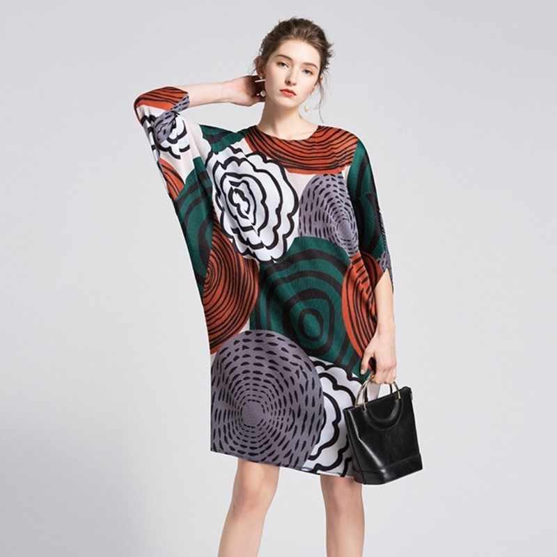 LANMREM 2019 Новое модное плиссированное платье контрастного цвета с принтом «летучая мышь» и круглым вырезом, Женская индивидуальная свободная одежда, Vestido YE850