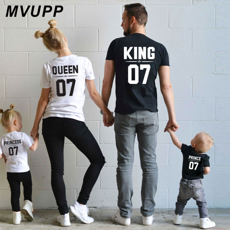 Family Look Dad Mom Kid matching outfits mommy and me clothes mother daughter dresses Fashion T-Shits King Queen prince princess dad mom& me:创意美工(5 6岁)