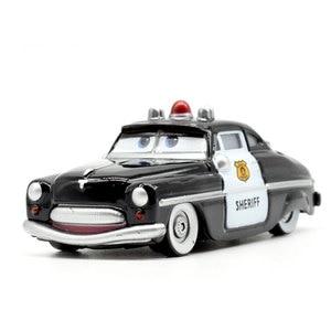 Image 3 - ديزني بيكسار سيارات 3 21 نمط للأطفال جاكسون العاصفة عالية الجودة سيارة هدية عيد ميلاد سبيكة سيارات لعب نماذج الكرتون هدايا عيد الميلاد