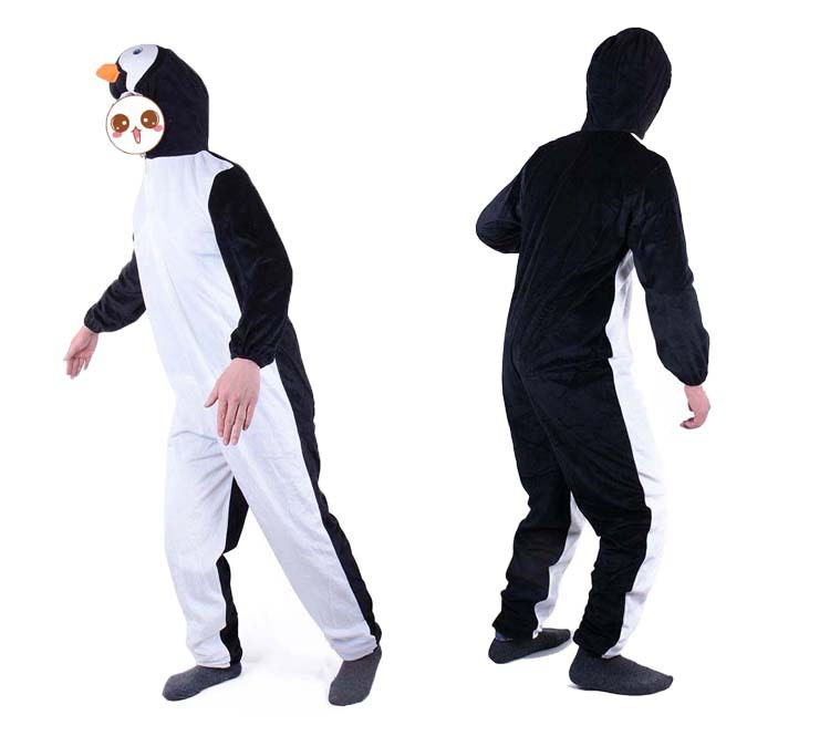 adult penguins Play a suit animal costume Parents and children The game is installed A modern drama Fairy tale story Cosplay