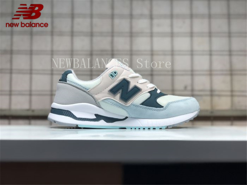 new balance sneaker 39