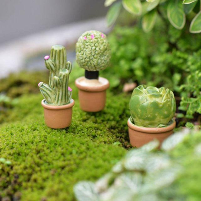 5Pcs Mini Artificial Fleshy Cactus Plant Real Touch Palm Bonsai Landscape Decorative Flower Talbe Decoration Resin Miniature 3