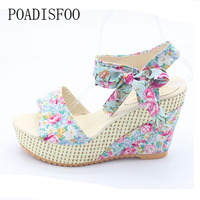 POADISFOO Summer New Sweet Flowers Buckle Open Toe Wedge Sandals Floral High Heeled Shoes HYKL 915