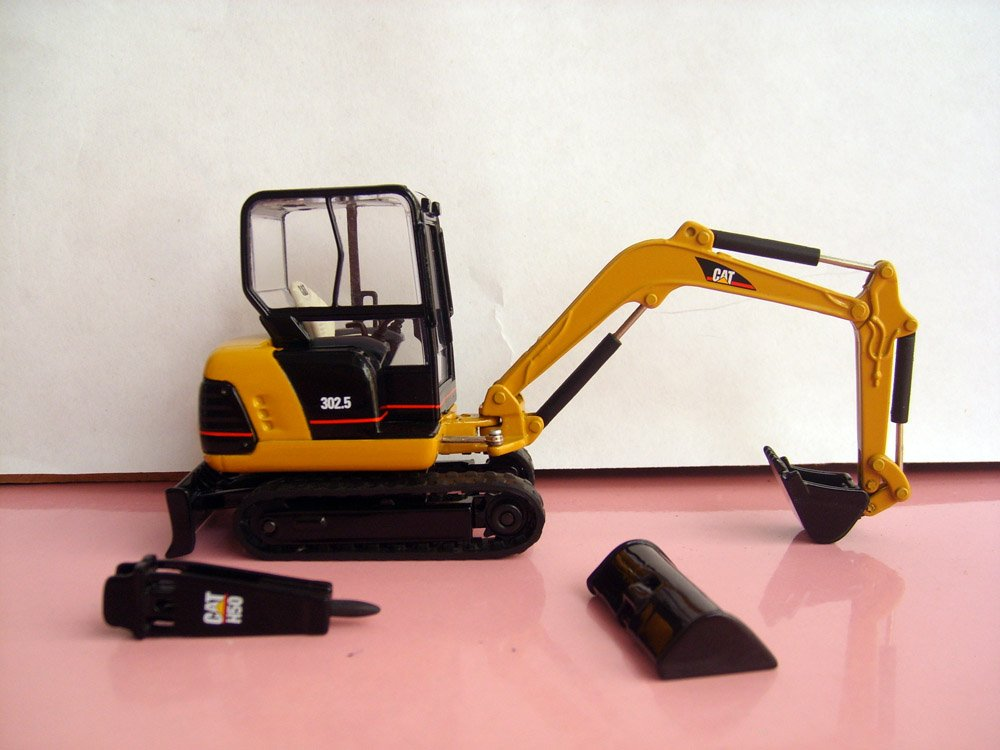 N-55085 1:32 CAT 302,5 мини-гидравлический экскаватор с инструментами