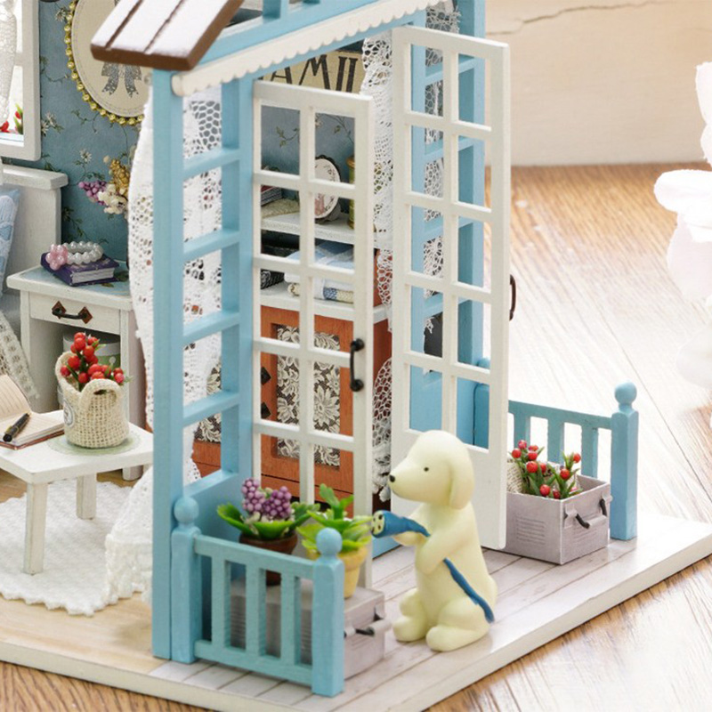 LED Light Miniature Furniture Doll House Dollhouse DIY Kit Wooden House Puzzles Model Toy for Kids Birthday Christmas Gifts (4)
