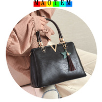 MAOTEM 2017 Autumn Winter New Handbag Vintage Female Bag Oil Wax Leather Shoulder Bag For Women