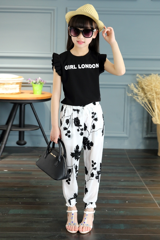 Brand Baby Girls Clothing 2019 Summer Kids Beautiful Embroidered Flower T shirt Mesh Trousers Sweet Trend Two Sets 4 12 Year in Clothing Sets from Mother Kids