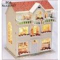 DIY Casa de Boneca de Fadas Sonho Edifício Modelo 3D Artesanal Em Miniatura Casa De Bonecas De Madeira Com Móveis e luz de Brinquedo de Presente de Natal
