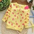 Бесплатная доставка 2014 осенью новый заполнены любовь-сердечных детей кардиган куртки, Новорожденных девочек кардиган, Малыш пиджаки # Z620