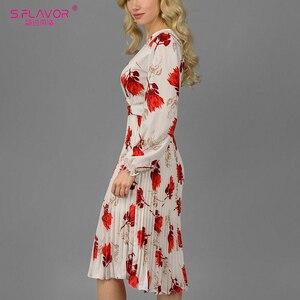 Image 4 - S. Lezzet Vintage v yaka baskı evaze elbise zarif uzun kollu bahar sonbahar elbise kadın rahat kadın pilili elbise