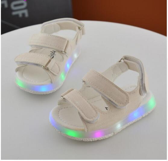 New Summer Kids Led Glowing Sandals Boys Girls Sport Casual Light Shoes Children Baby Flat Shoes Kids Beach SandalsNew Summer Kids Led Glowing Sandals Boys Girls Sport Casual Light Shoes Children Baby Flat Shoes Kids Beach Sandals