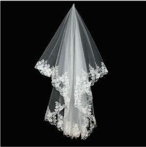 Image 1 - Wuzhiyi haute qualité pas cher mariée 2 couches dentelle mariage voile court mariée voiles velos de novia voile mariage veu de noiva 2018