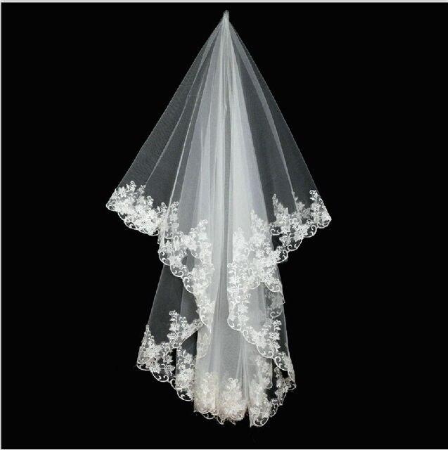 Wuzhiyi haute qualité pas cher mariée 2 couches dentelle mariage voile court mariée voiles velos de novia voile mariage veu de noiva 2018