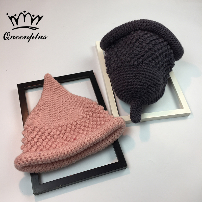 2017 Autumn and winter Hand knit Holika Holika Pointed  knitting wool hat Keep warm Flanging Foldable Knitted basin hat pastoralism and agriculture pennar basin india