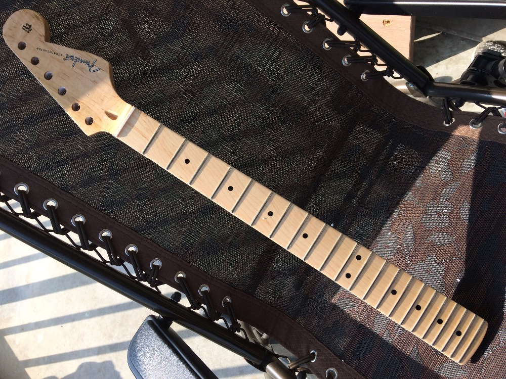 Fast shipping 22 Fret maple fingerplate new stratocaster electric guitar st neck varnish after the belt guitar neck 9160