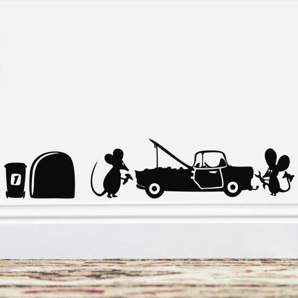 مضحك الكرتون الماوس إصلاح السيارة ملصقات جدار الزخرفية للأطفال غرف الحضانة ديكورات الفينيل لتقوم بها بنفسك الفن المعيشة المنزل الشارات