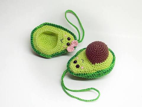 croche brinquedos amigurumi abacate amantes
