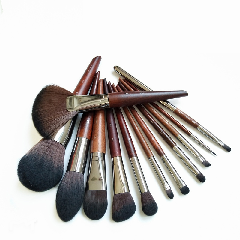 High quality cosmetic brush suit  Fan Brush Large Concealer Brush  Small Stipple Foundation Brush Professional makeup  tool