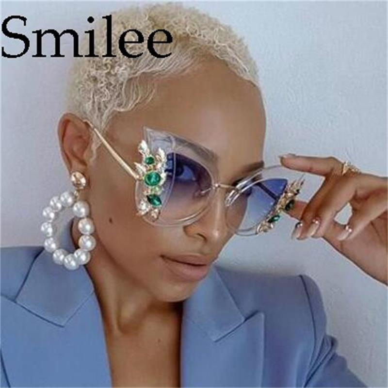 f6ccb11883 2018 New Fashion Green Diamond Sunglasses Women Designer Brand Luxury Cat  Eye Sunglasses Transparent Frame Vintage