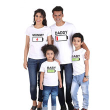 Family Matching Outfits Father Son Tshirt Clothing Mommy and Me Clothes Short Sleeve Print Battery T-shirt
