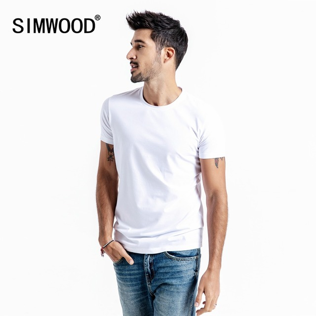 SIMWOOD 2019 Yaz Yeni Katı Temel t gömlek Erkekler Skinny O-Boyun Pamuk Slim Fit tshirt Erkek Yüksek Kalite Nefes Tees 190115