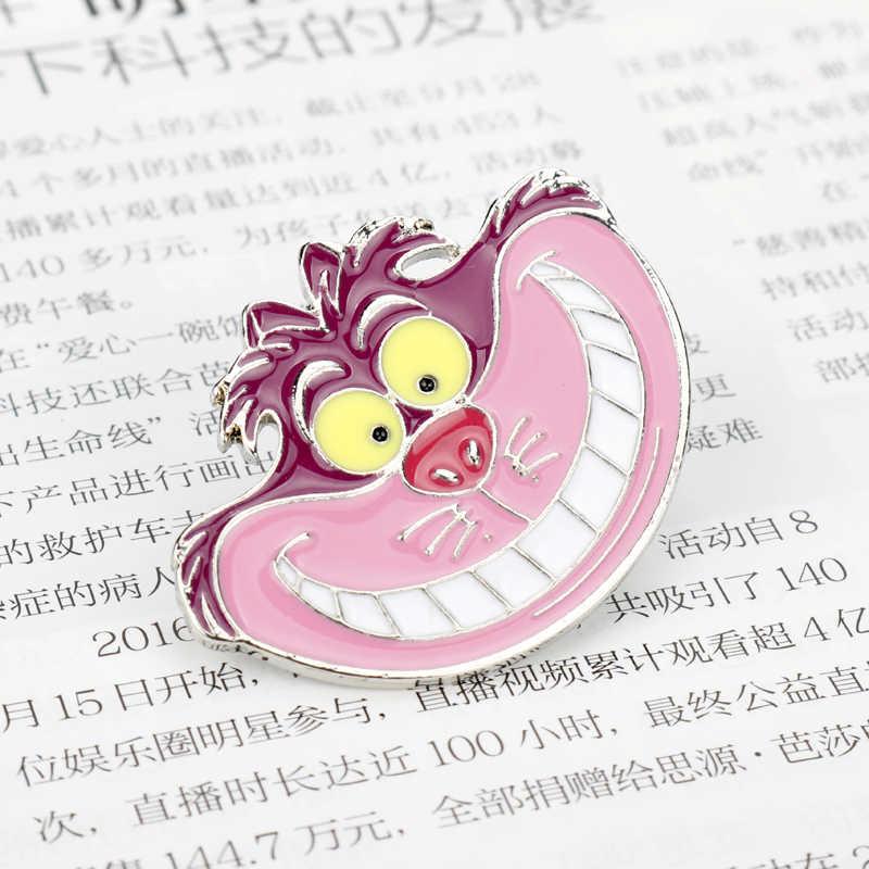 Unik Perhiasan Bros Alice In Wonderland Cheshire Cat Enamel Topi Ransel Lencana Bros Pria Wanita Anak Hadiah