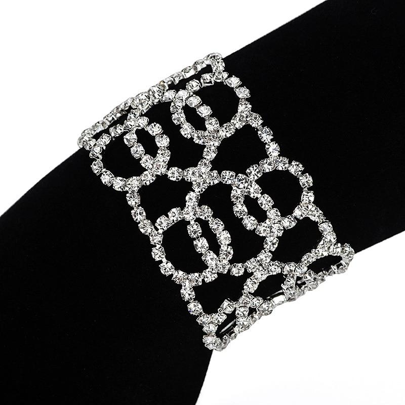 YFJEWE Crystal Europe Classical Chain Link Bracelets Geometry Women Charm Party Bracelet Bangles B205