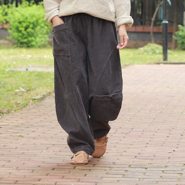 YoYiKamomo Corduroy Women Trousers 2018 Autumn Winter Wide legged Pants Solid Color Pockets Elastic Waist Loose Women Pants