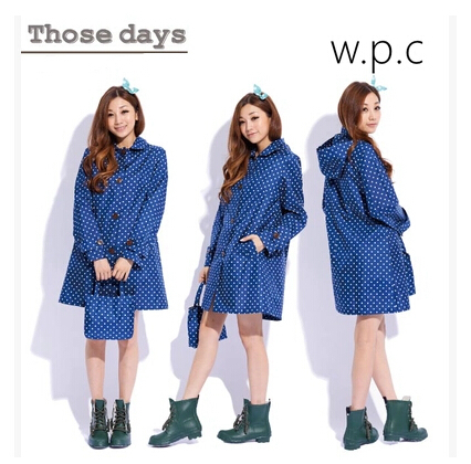 Fashion Polyester Blue Polka Dots thin raincoat rain wear women long trench coat female chubasqueros cute travel rain ponchos