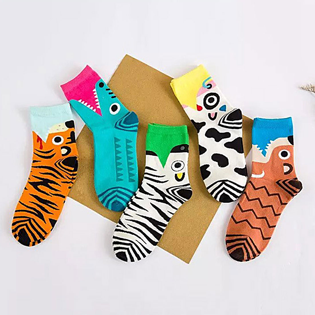 Hot New Hot-Sell Women Cartoon Socks Autumn-Winter Animal Soks Lady And Women'S Cute Cartoon Funny Cotton 3D Socks cartoon animal women watch