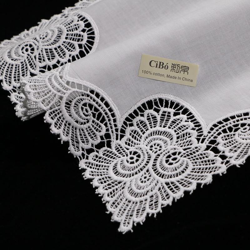 Ev ve Bahçe'ten Mendil Havlular'de A003: Beyaz premium pamuk dantel mendiller 12 parça/paket boş tığ hankies kadınlar/bayanlar düğün hediye'da  Grup 1
