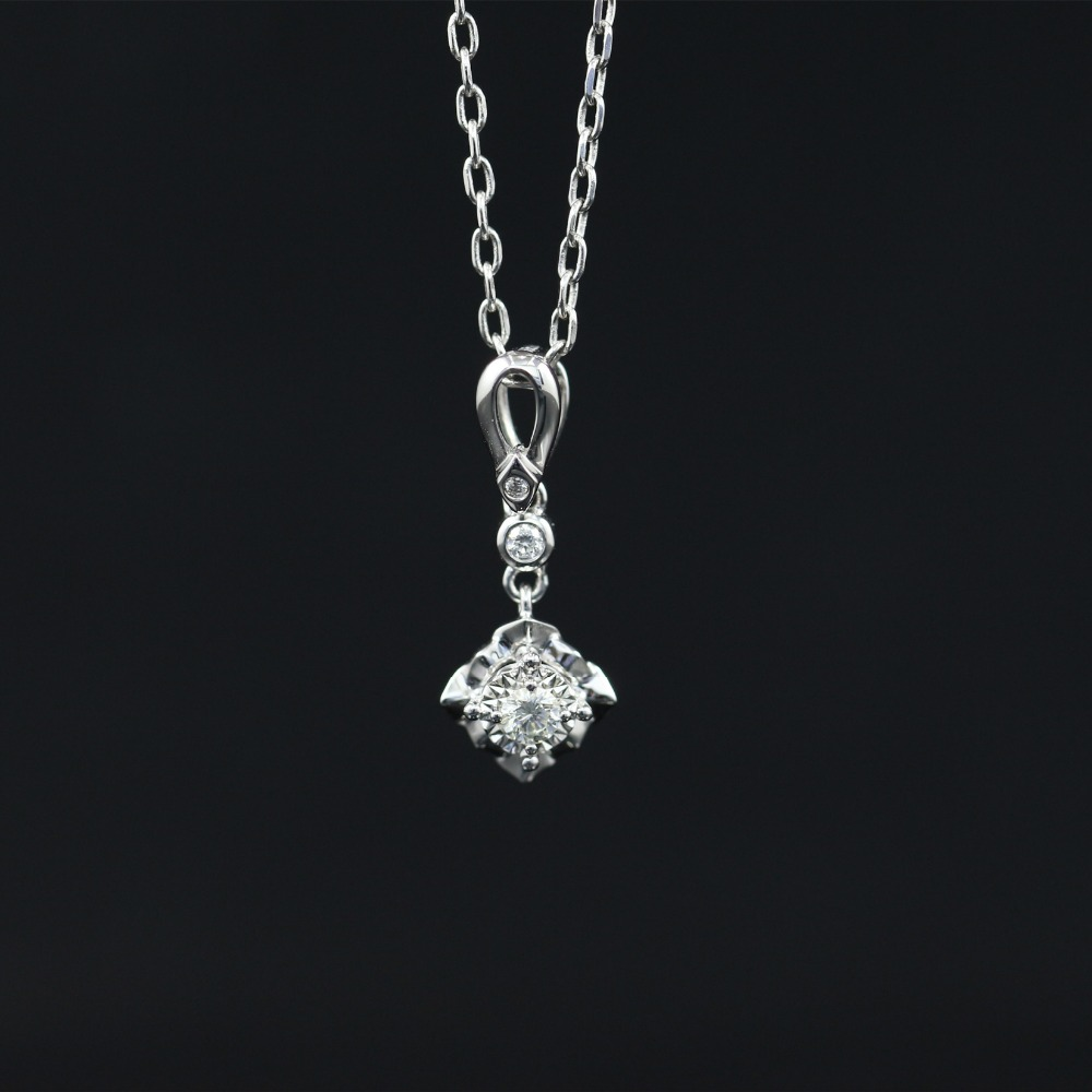 Halo 0.068CT 18k Gold Round Cut Square Center Pave Set Natural Diamond Pendant Necklace Chain Women Fine Jewelry