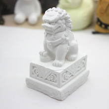 Wholesale lion aromatherapy gypsum car plaster silicone mold handmade candle making wax mold