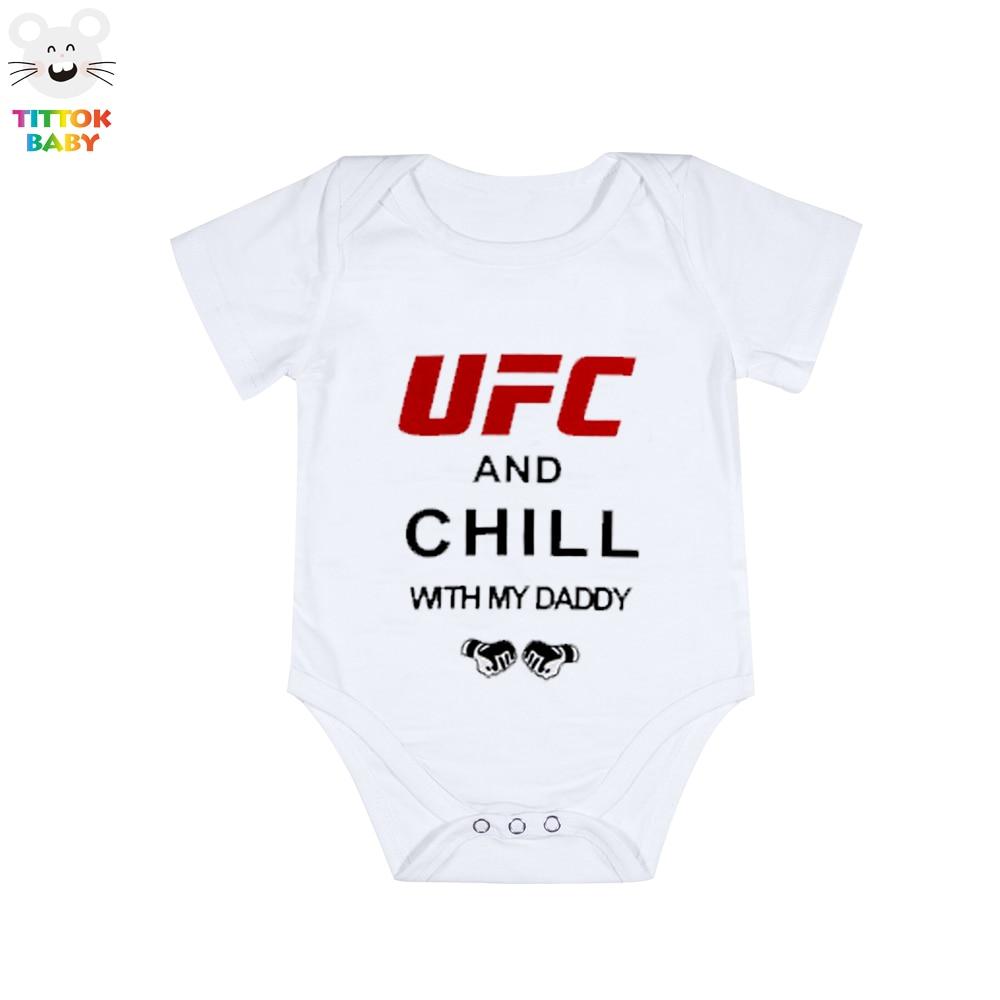 2017 Neonata Estate Baby Boy Girl Vestiti UFC Chill Con Daddy Lettera Stampa Tute per neonato bianco Tute manica corta bambino