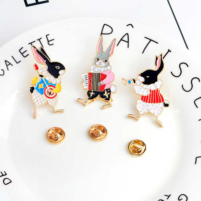 Çeşitli karikatür tavşan tilki trompet Banjo bayan broş yaka iğneler hayvan ceketler pimleri toka gömlek rozetleri takı hediye çocuklar için