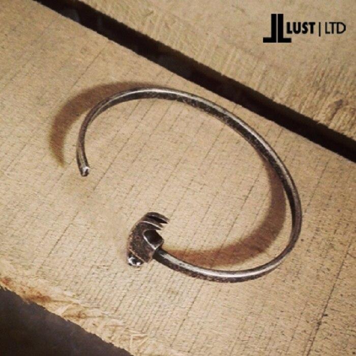 Popular symbol of titanium steel bracelet awl retro unique personality hammer shape a few bangle bracelet in Hologram Bracelets from Jewelry Accessories